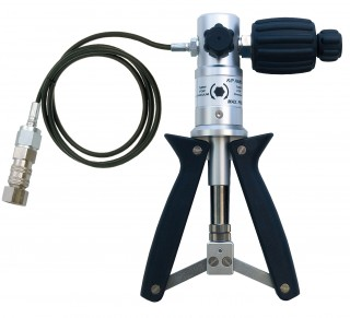 Hand Pumps for Pressure Generation