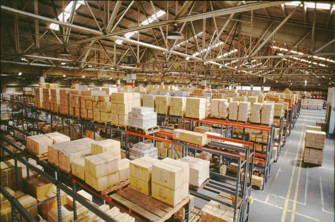 Wireless Temperature & Humidity Measurement in Warehouses