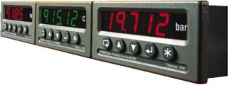 Tracker 220 Digital Panel Indicators
