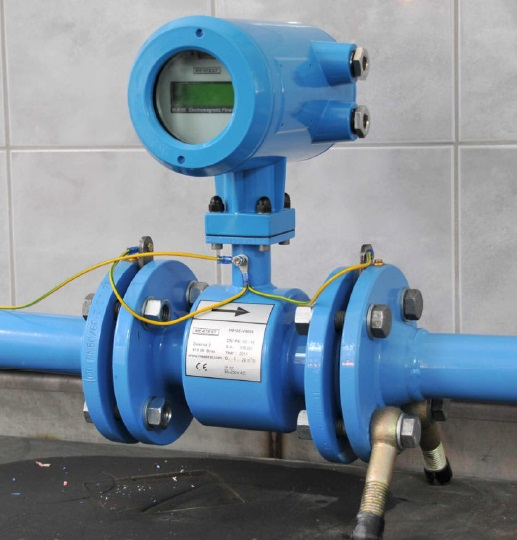 Electromagnetic Flow Meter with Earthing Rings